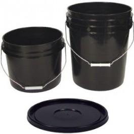 Black Bucket w/ Wire Handle
